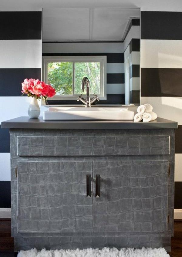 Kleines Bad Einrichten Ideen Waschtisch Spiegel