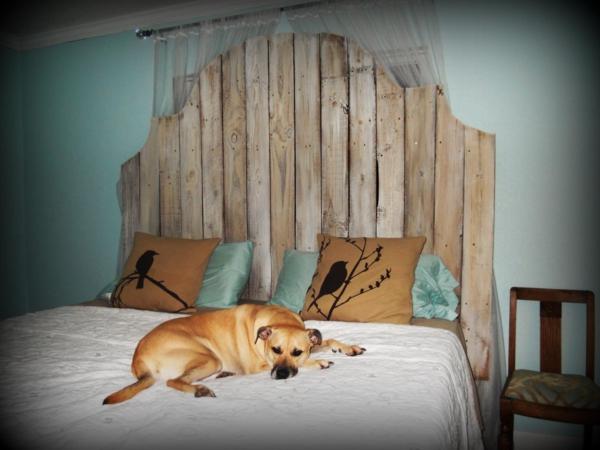 wohnideen schlafzimmer design vintage beige blumen dachdeko, Wohnideen design