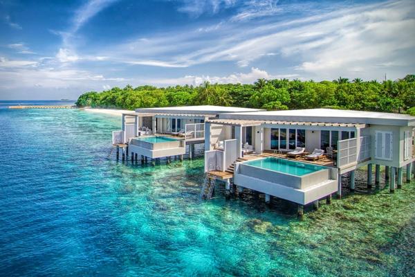 malediven urlaub besuchen sie das f nfsterne resort. Black Bedroom Furniture Sets. Home Design Ideas