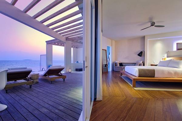 malediven urlaub schiebetüren schlafzimmer terrasse