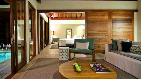malediven urlaub tree house wohnzimmer schiebetüren