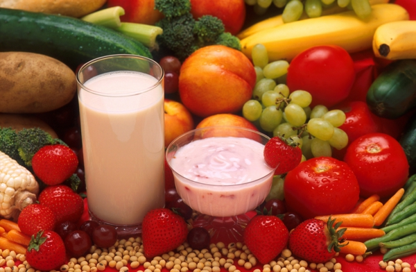 mediterrane diät früchte milch joghurt