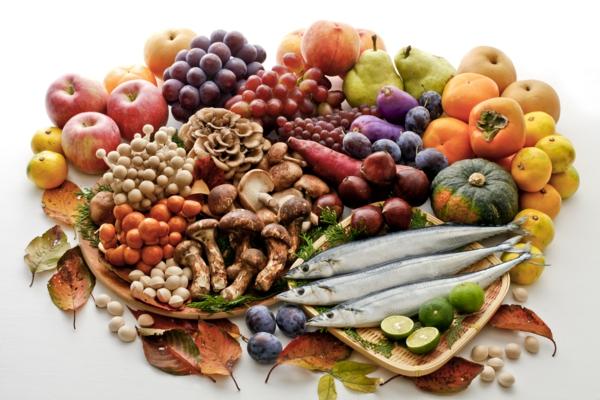 mediterrane diät obst gemüse pilze zitrone fisch