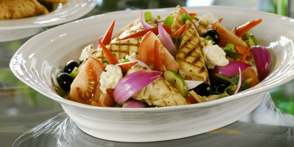 mediterrane diät salat geflügel gemüse