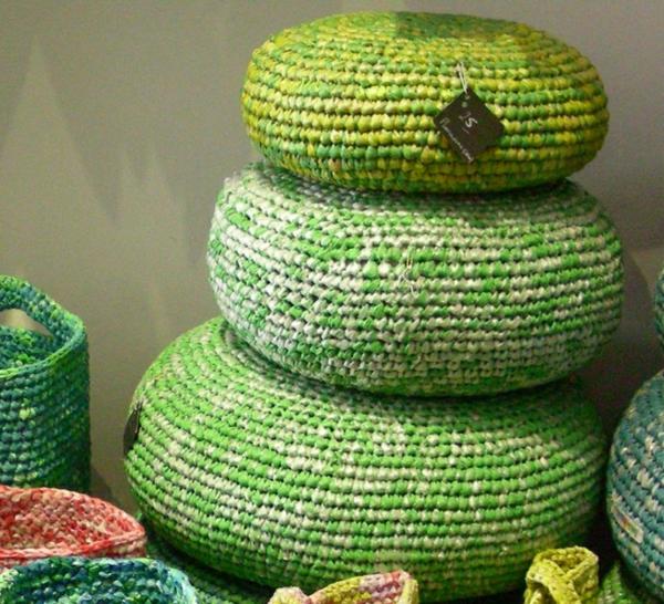 nachhaltiger konsum grüne sitzkissen häkeln plastiktüten