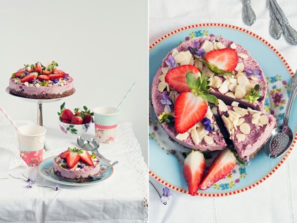 obstkuchen basisch früchlingskuchen veilchen mandelsplitter erdbeeren nüsse