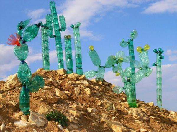 plastik flaschen kunst kakteen