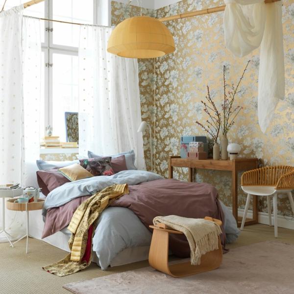 schlafzimer einrichten weibliche ausstrahlung tapete
