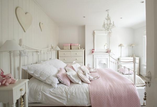 Schlafzimmer Bett Tisch: Wahlen Sie Die Perfekte Farbe Fur ... Shabby Chic Einrichtungsstil London