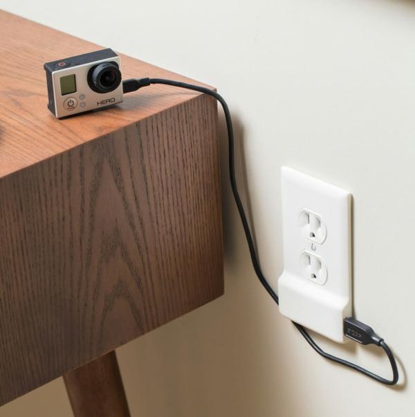 steckdose und usb aufladegerät SnapPower camera aufladen