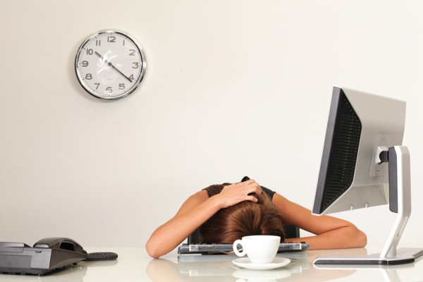 stress am arbeitsplatz büro müdigkeit