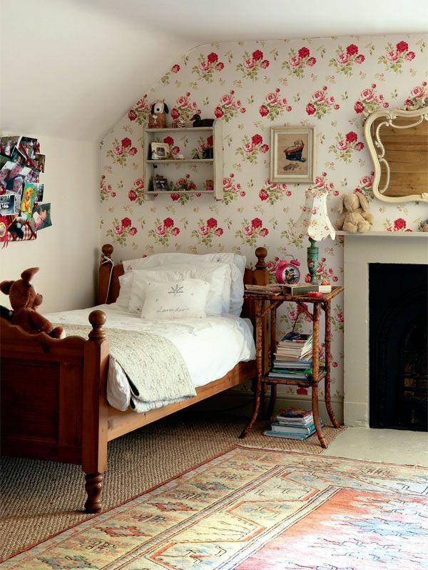 Englischer landhausstil schlafzimmer  Tapeten Landhausstil - Frische Ideen, wie Sie die Wände verkleiden