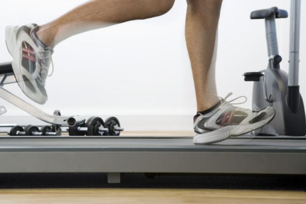 was ist Aerobes Training sport und fitness studio joggen