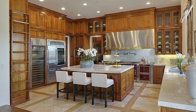 wo wohnt Heidi Klum Villa küche holz landhausstil