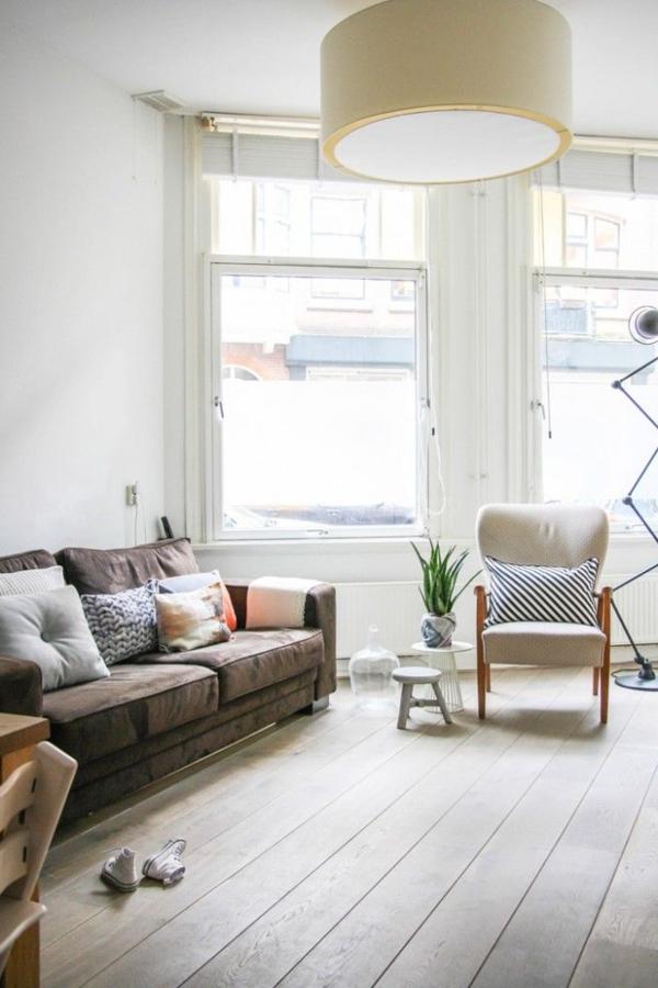 wohnzimmer einrichten holländische möbel pflanze holzboden