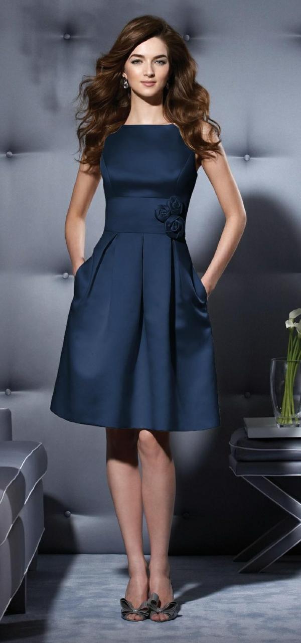 cocktail kleider von denen frauen tr umen offizielle kleiderordnung. Black Bedroom Furniture Sets. Home Design Ideas