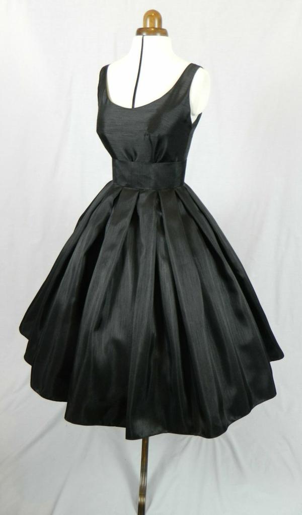 Cocktail Kleider schwarz weiß dresscode