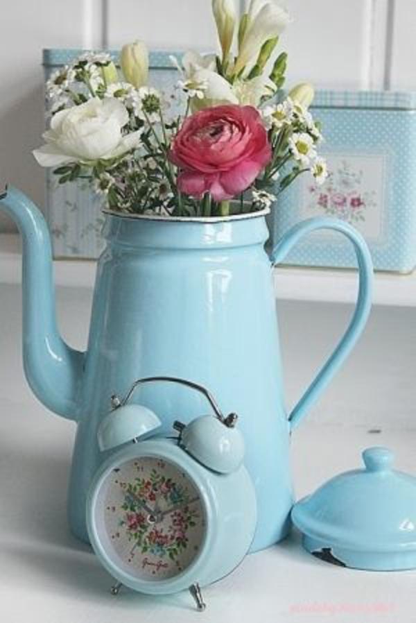 Coole Wecker dekoartikel retro design hellblau