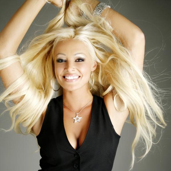 Daniela Katzenberger natürlich blond