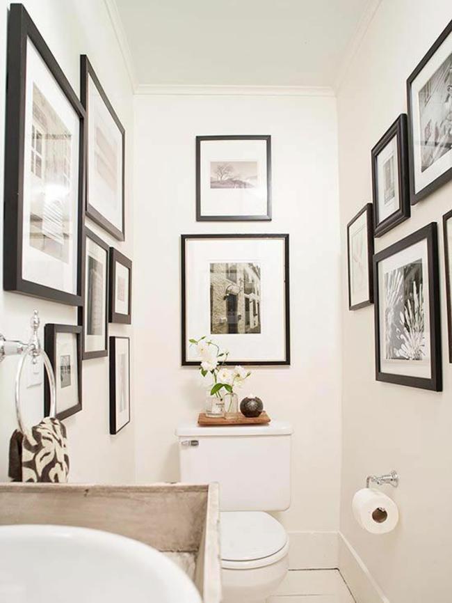 Kleines Bad gestalten wandgestaltung mit bildern schwarz weiß
