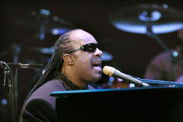 Sternzeichen Stier Mann geburtstag Stevie Wonder