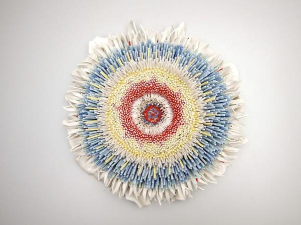 altes porzellan blüte moderne kunst