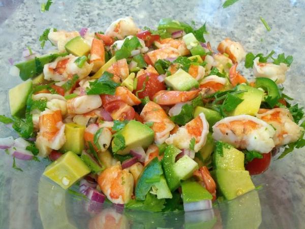 avocado rezepte frischer salat krabben zwiebel petersilie
