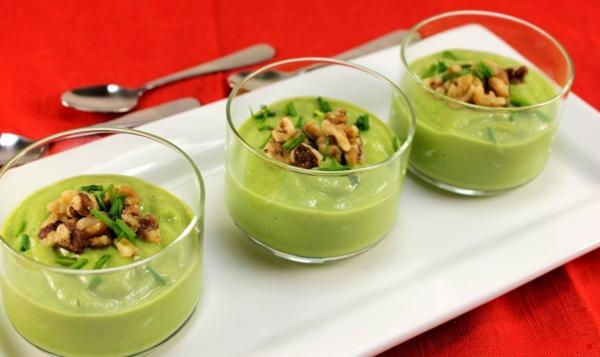avocado rezepte suppe schnittlauch walnüsse