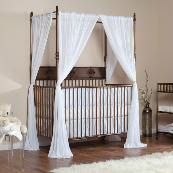 babybett himmel das babybett mit geschmack dekorieren. Black Bedroom Furniture Sets. Home Design Ideas