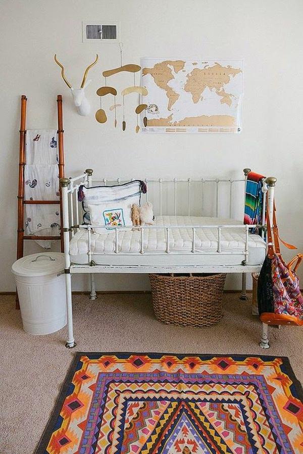babyzimmer teppich farbiges muster kinderzimmer gestalten