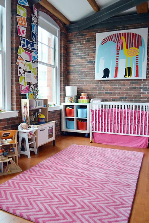 babyzimmer teppich zig zag muster rosanuancen