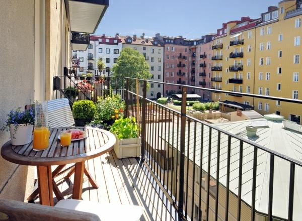 balkongestaltung ideen kleinen balkon gestalten