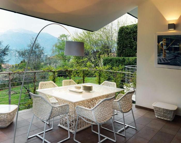 balkongestaltung moderner balkon schöne außenmöbel