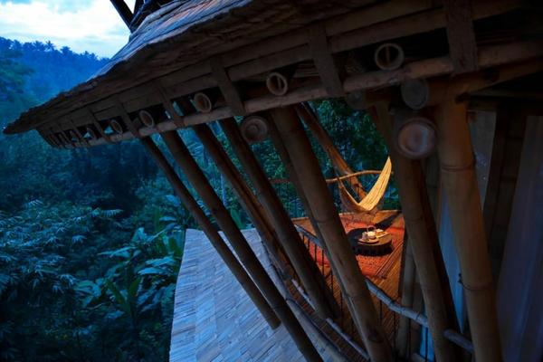 bambus holz balkon terrasse säulen