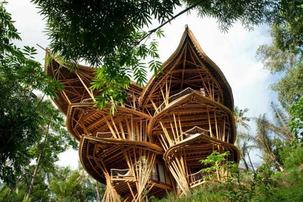 bambus holz häuser bali nachhaltiges bauen