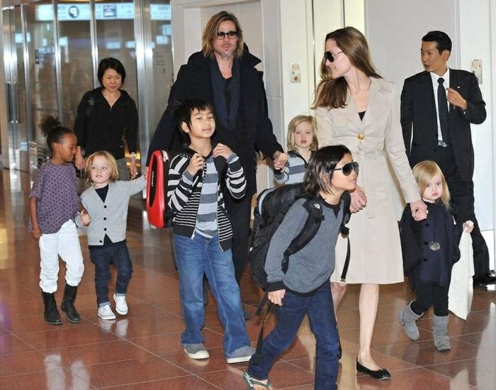 brad pitt und Angelina Jolie Kinder auf dem flughafen