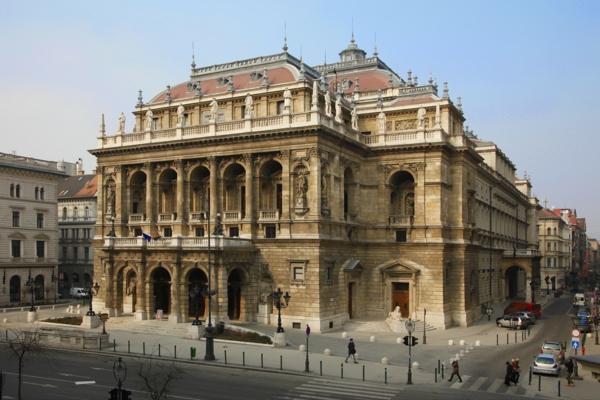 budapest sehenswürdigkeiten gebäude schöne archtektur