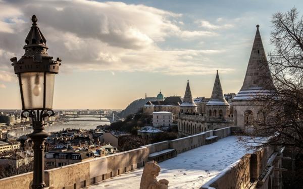 budapest sehenswürdigkeiten schöne aussicht über die stadt