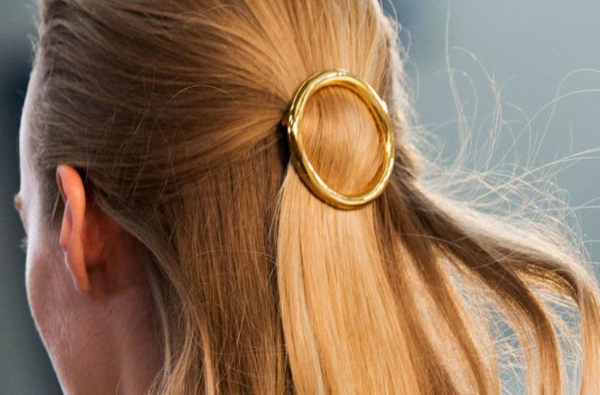 frisuren 2015 goldglanz accessoires haar gesteckt