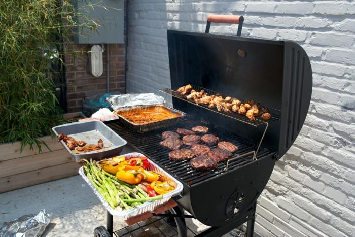 gartengrill design lecker kochen fleisch gemüse