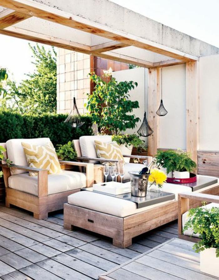 Gartenmöbel Set aussuschen und den Sommer voll auskosten