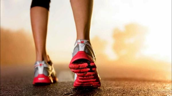 gesunde frühstücksideen schnelles gehen jogging