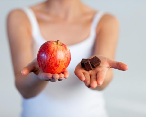 gesunder körper damen schokolade apfel