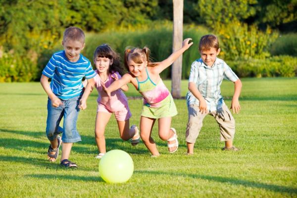 gesunder körper kinder bewegung sport treiben