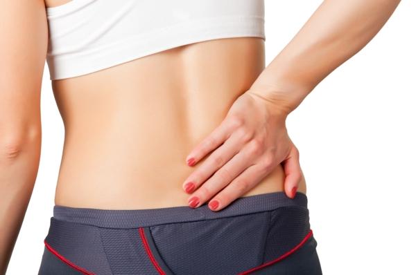 Der Schmerz des Rückens wie behandelt