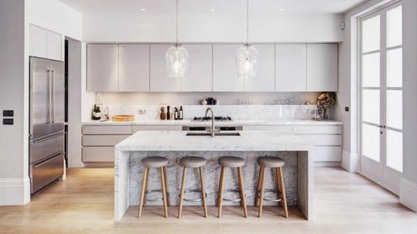 küchenideen kücheninsel barhocker metall marmor optik