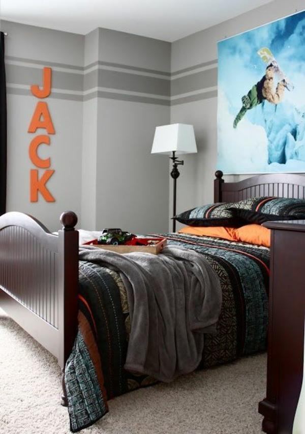 kinderzimmer fur jungen gestalten etagenbett und schreibtisch im hellen kinderzimmer. Black Bedroom Furniture Sets. Home Design Ideas