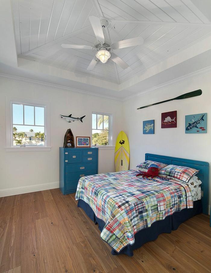 kinderzimmer gestalten tropischer stil surf deko weiß blau