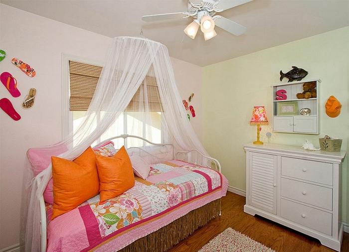 kinderzimmer gestalten tropischer stil wanddeko ideen mädchenzimmer