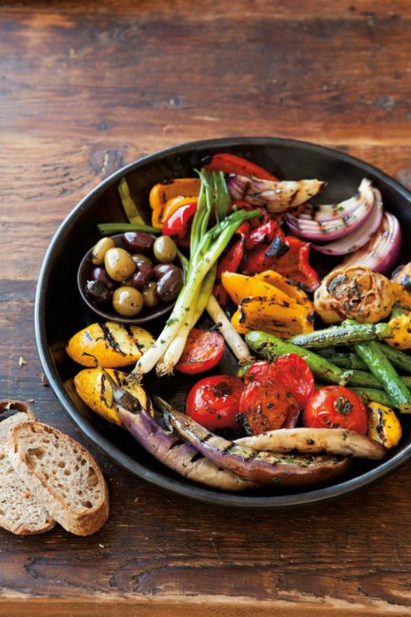 leichtes essen im sommer gegrilltes gemüse